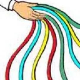 Serpentinas de la mano multiculor